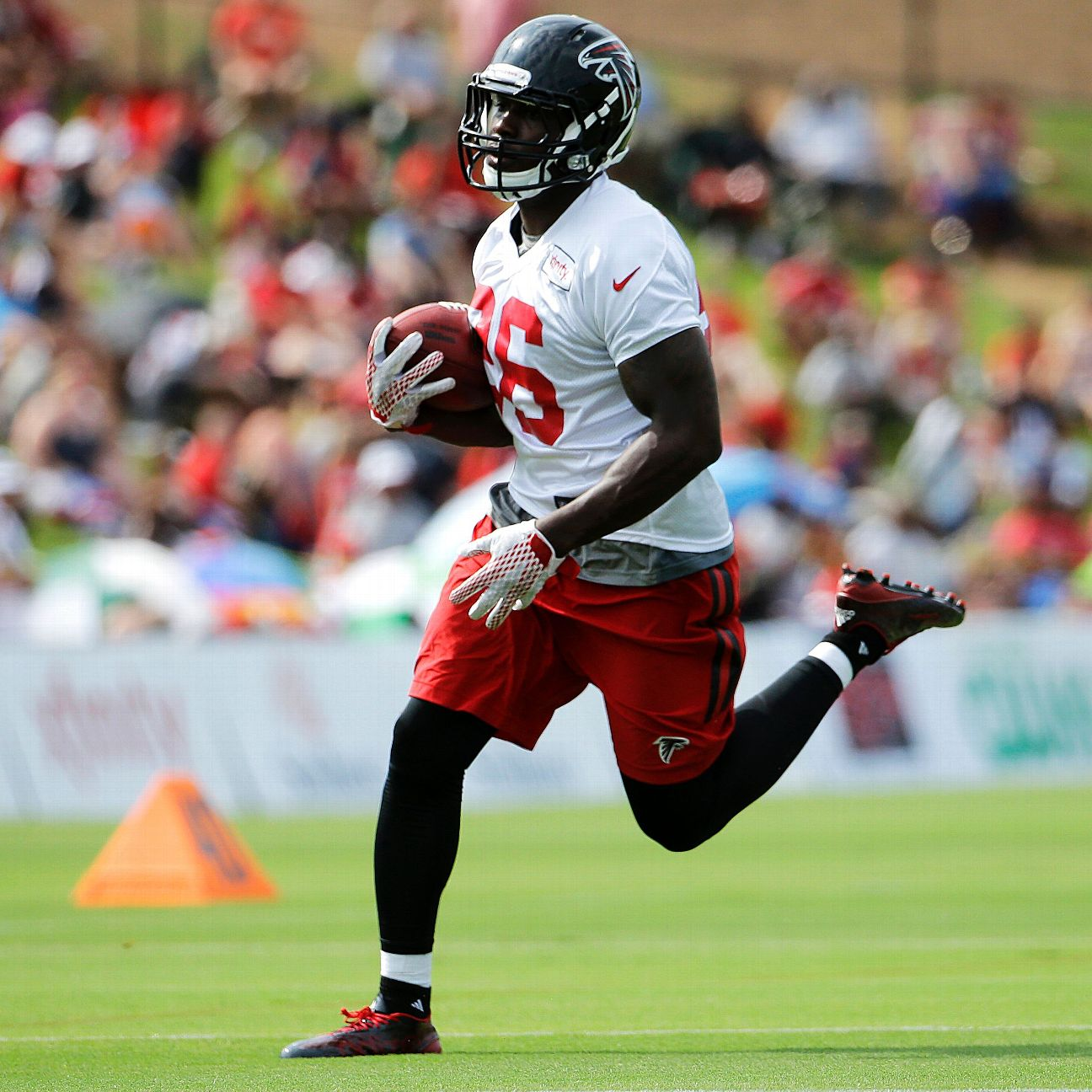 Falcons coach Dan Quinn says rookie Tevin Coleman set for debut
