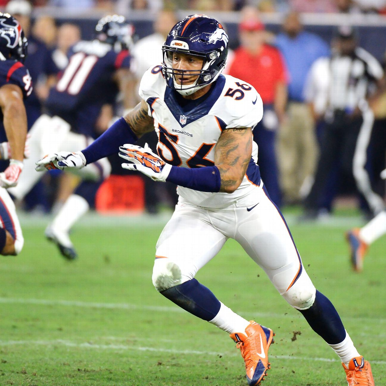 Denver Broncos Linebacker Shane Ray To Miss Six To Eight