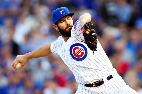 Free agent ace Arrieta, Phillies reach 3-year deal