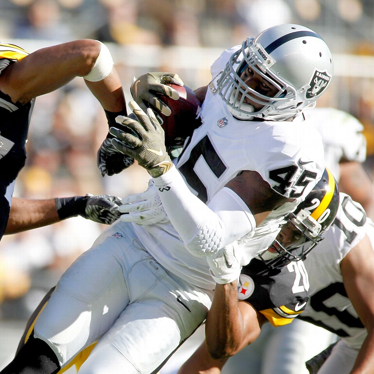 Steelers' Mike Mitchell earns respect in return from painf…