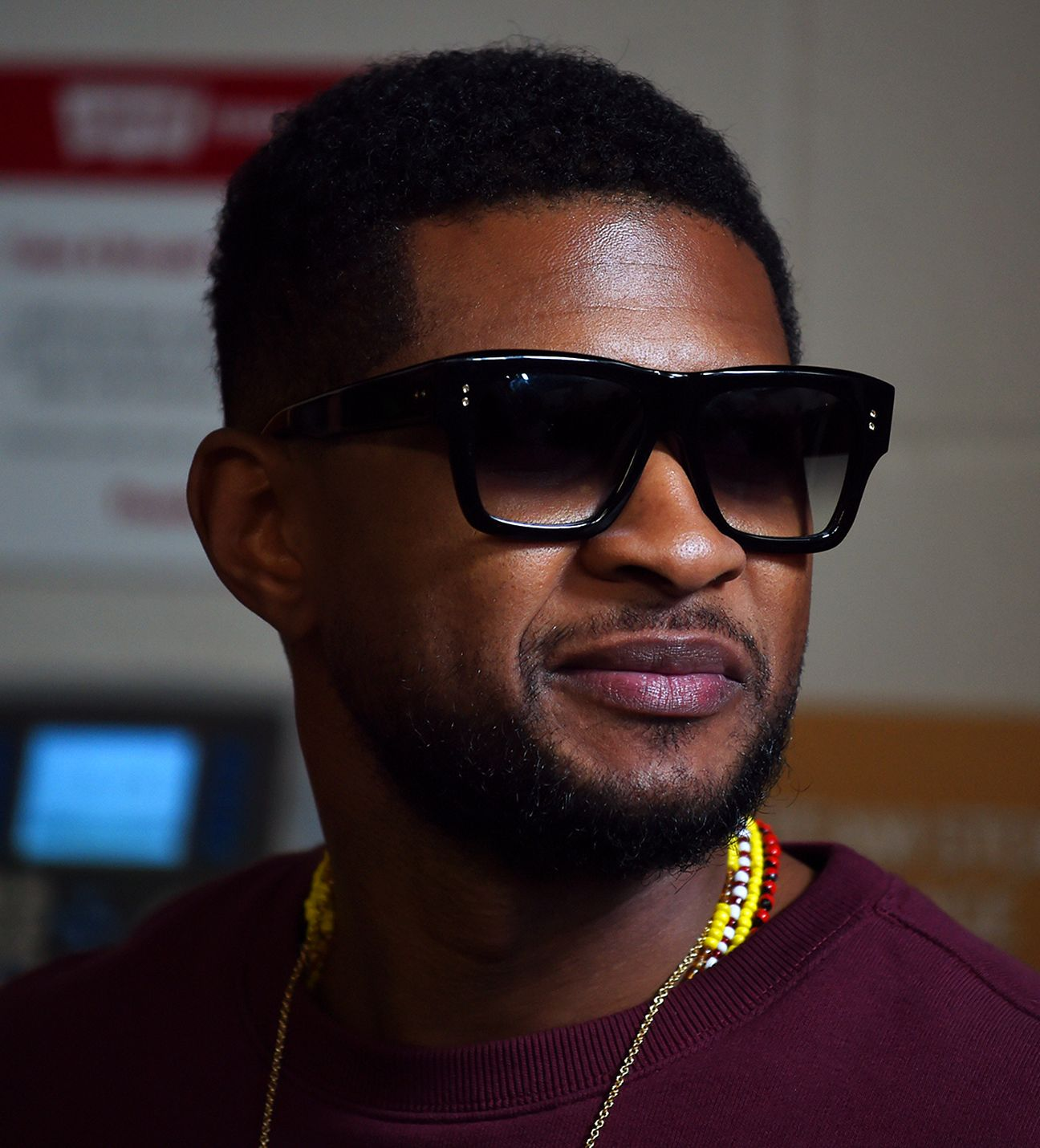 Usher roller shoes video - 4 15 P M Usher In The House
