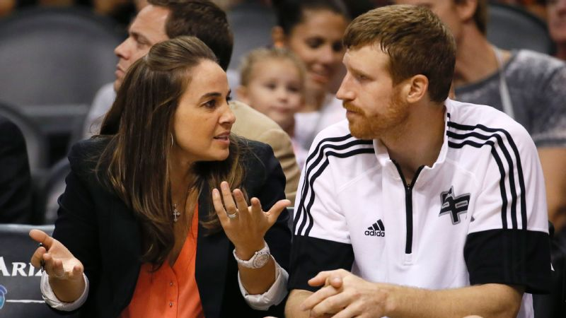 Becky Hammon and Matt Bonner
