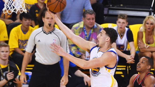 Watch live: Warriors cruising early in Game 1