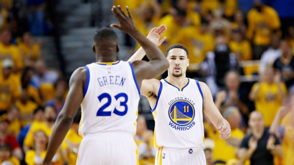 Thompson, Green deliver for Warriors in Game 1 rout