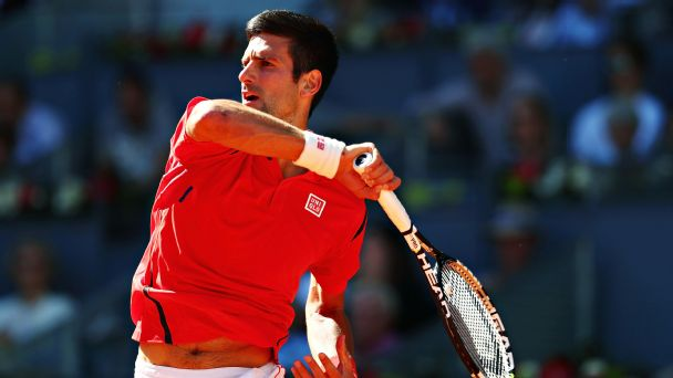 Follow live: Djokovic begins title defense