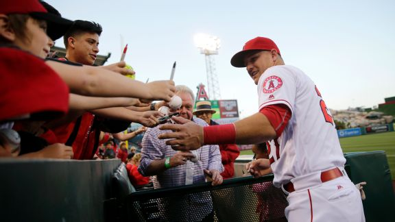Think the unthinkable: Angels will have to consider trading Mike Trout