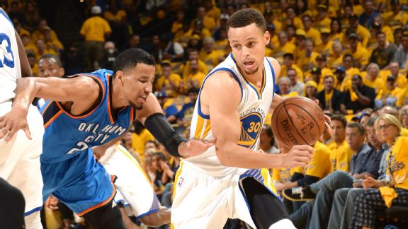 Curry stars as Warriors win big