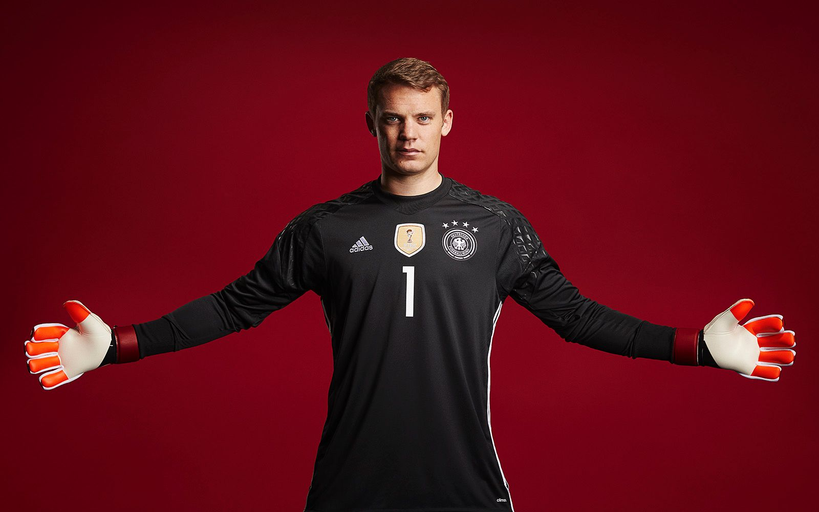 Bayern Munich s Manuel Neuer is changing what it means to be a goalie