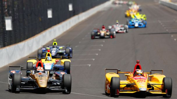 Watch live: Lead keeps changing hands at Indy