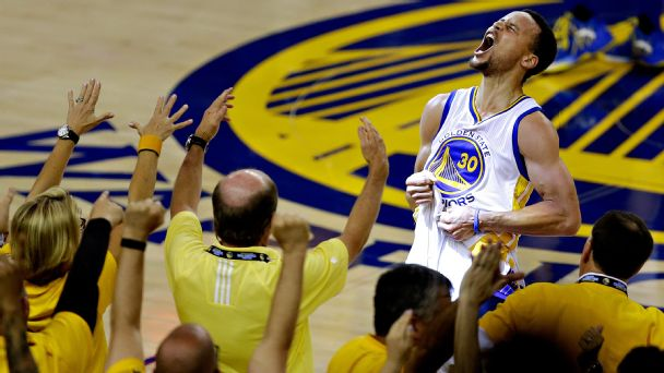 Curry, Warriors steal Thunder out West