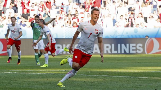 Watch live: Poland converts to take early lead