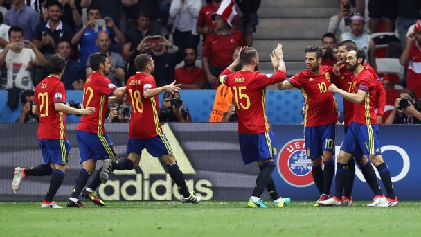 Watch live: Can Spain beat Italy to set up showdown with Germany?