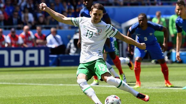Watch live: Ireland scores first on penalty kick