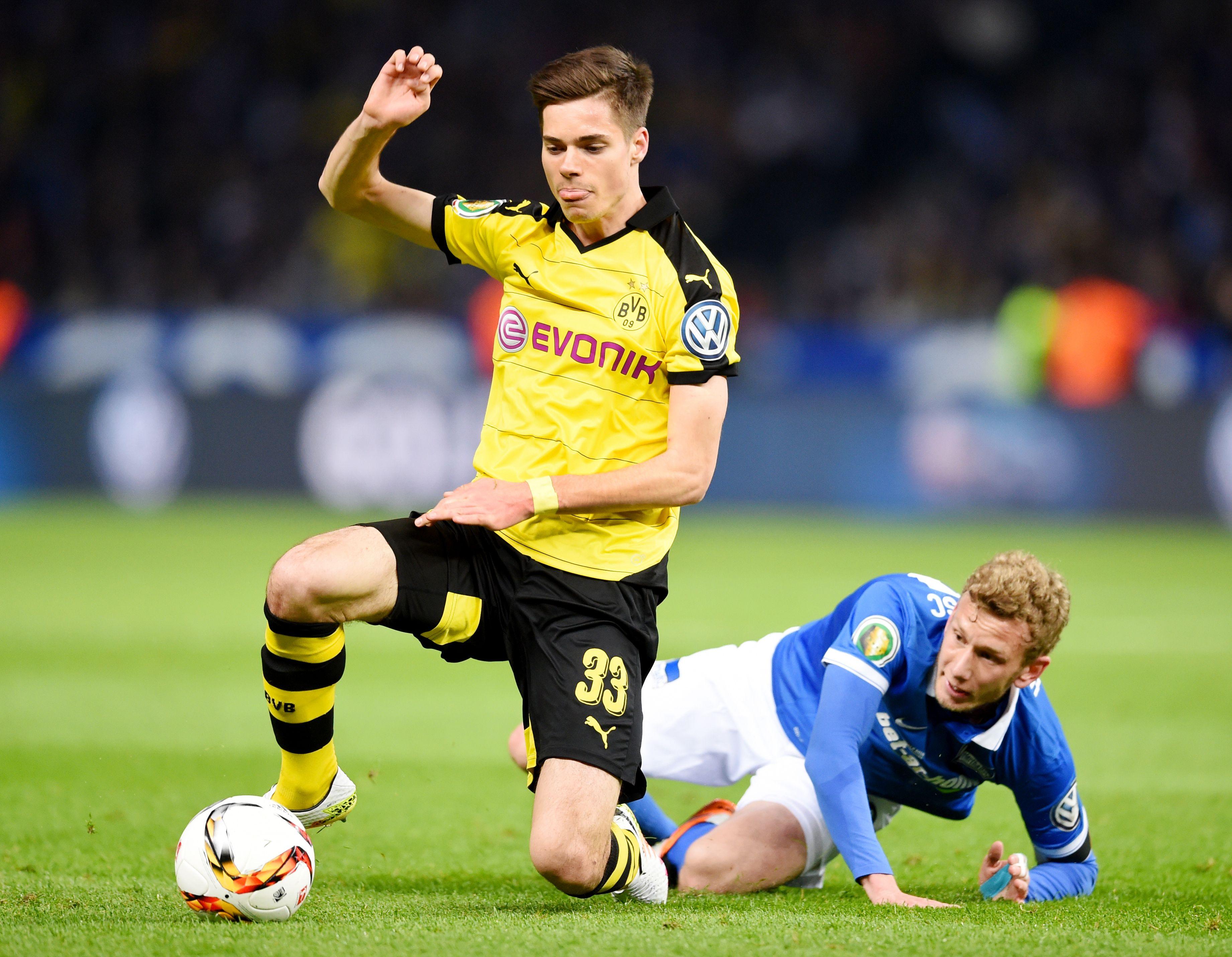 Julian Weigl 20 Borussia Dortmund Top 21 players in Europe