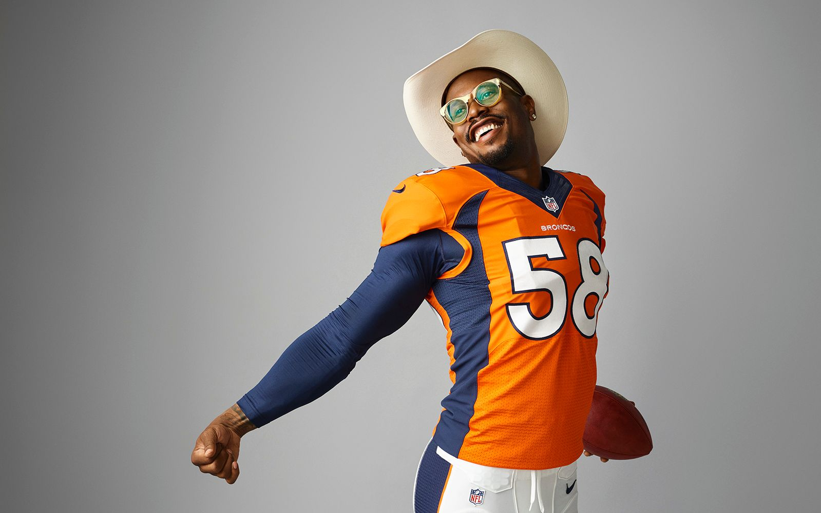 fc21d68ed53 Denver Broncos star Von Miller has a new contract, new role and new  responsibilities