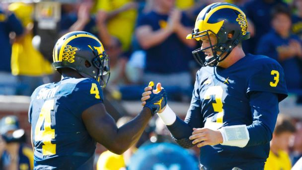 Watch live: No. 4 Michigan faces test vs. No. 8 Wisconsin in the Big House