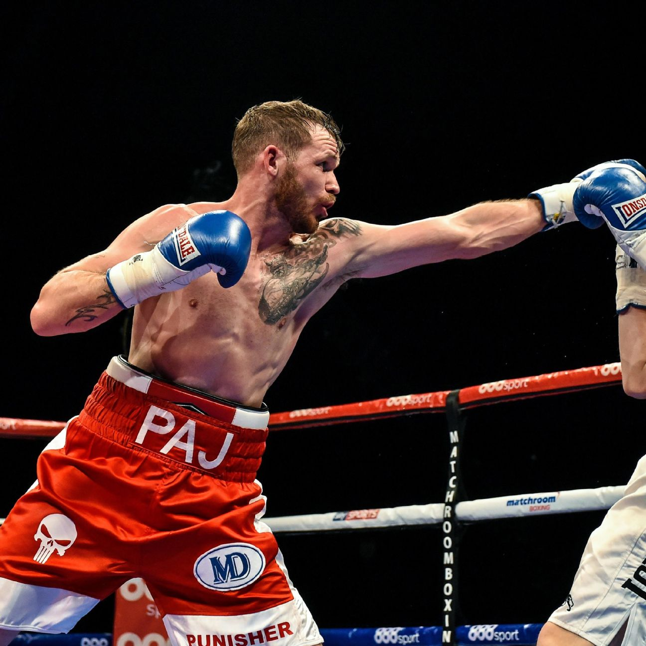 <a class='titles_link' href='view_news.php?link=http://espn.go.com/boxing/boxing/story/_/id/17639589/former-featherweight-world-title-challenger-patrick-hyland-announced-retirement-boxing-saturday&title=Featherweight fighter Patrick Hyland retires</a&img=http://a.espncdn.com/photo/2016/0925/r130928_2_1296x1296_1-1.jpg'>Featherweight fighter Patrick Hyland retires</a</a>
