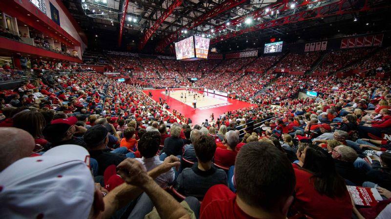 Nebraska volleyball fans