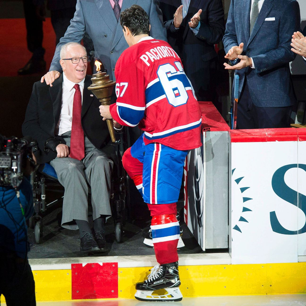 Former Canadiens Coach Demers Hospitalized