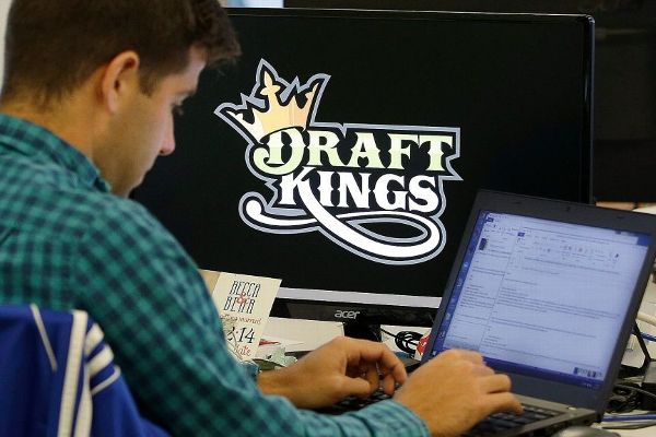FanDuel and DraftKings are becoming one