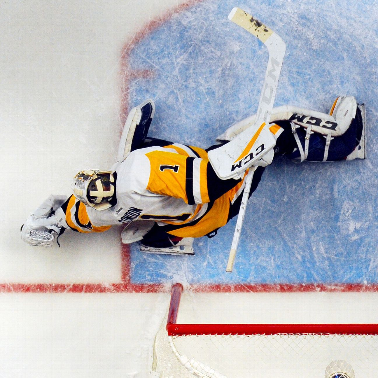 Senators Acquire Condon In Trade With Penguins