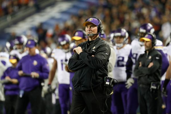 Vikings' Zimmer returns to coaching duties