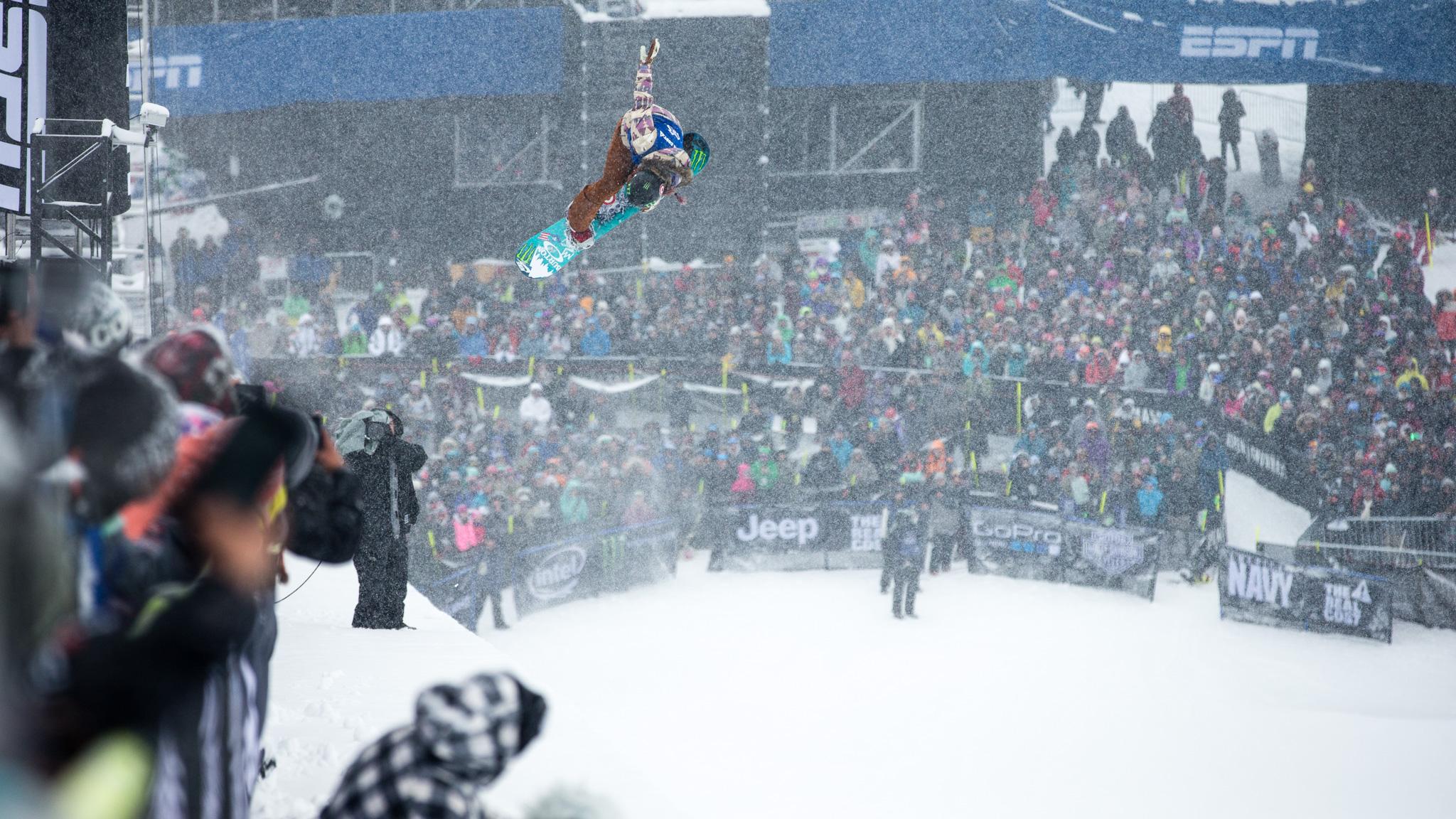Women's Snowboard SuperPipe