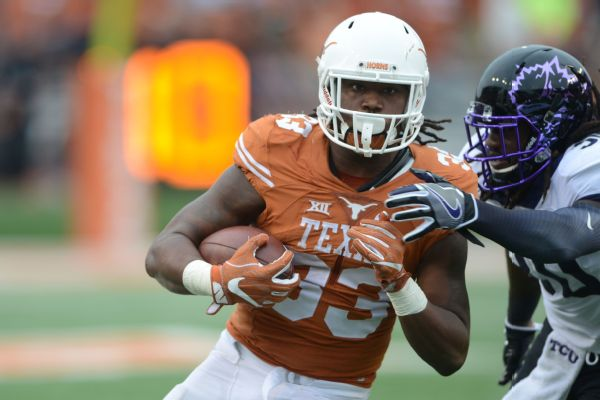 D'Onta's done: Texas' 2000-yard rusher heading to