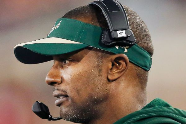 OR  to hire USF's Willie Taggart as next coach