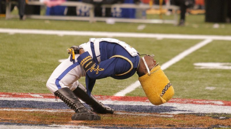 Southern University drum major performs during halftime of the 35th annual State Farm Bayou Classic between Southern University and Grambling State University at the Louisiana Superdome in New Orleans, LA.