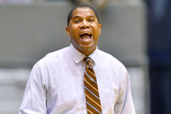 Morehead St. head coach Sean Woods charged with battering his own players