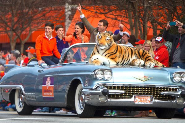 http://a.espncdn.com/photo/2017/0114/ncf_clemson_ms_600x400.jpg