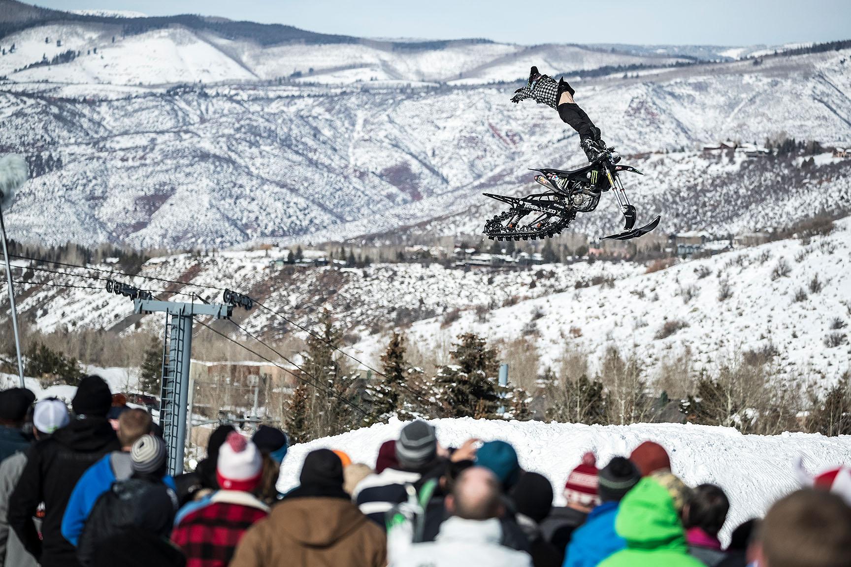 Jacko Strong, Snow Bike demo