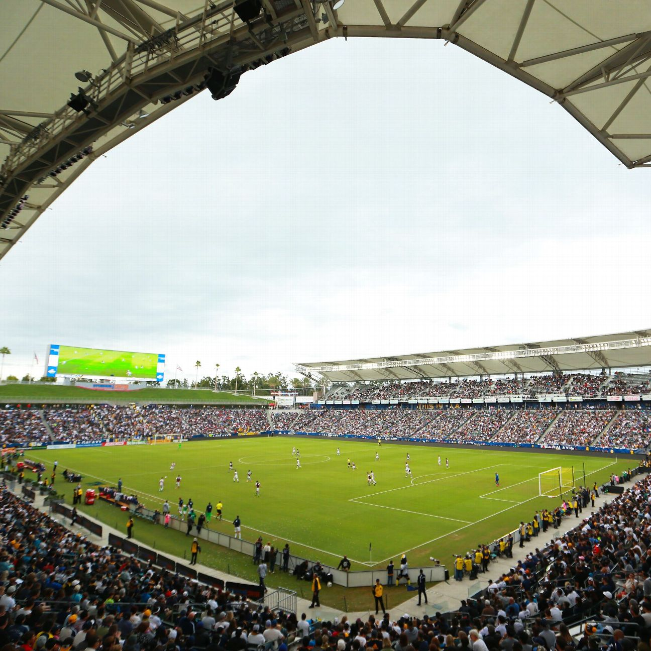 Chargers New Stadium: Stadium Delay Gives Chargers Time To Cultivate L.A. Market