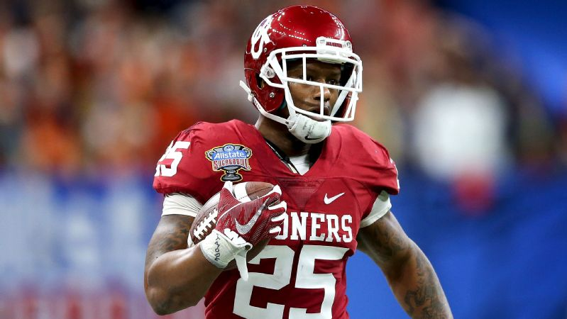 Joe Mixon is projected to be a second-round pick in this year's NFL draft.