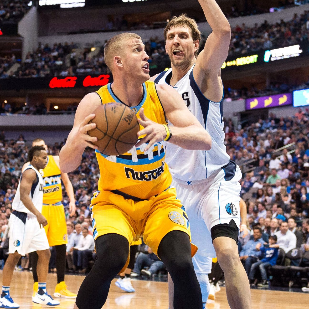 Denver Nuggets Espn: Restricted Free Agent Mason Plumlee Agrees To Three-year