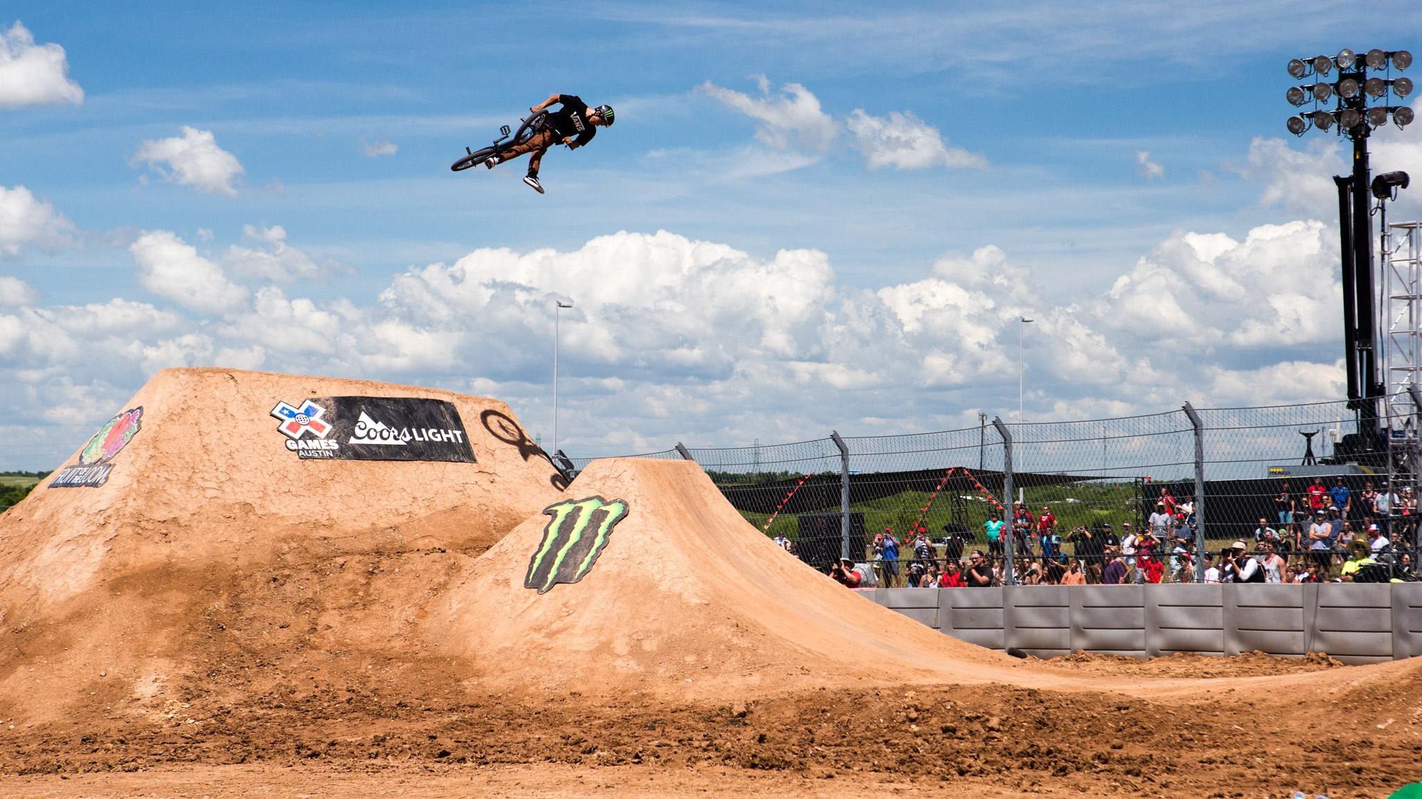 BMX Dirt: Kyle Peraza