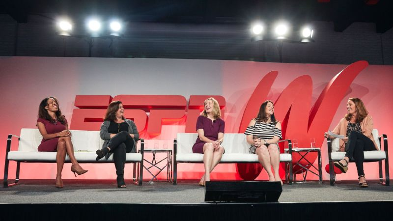 From left to right, Lizette Williams, Pam Hollander, Becky Frankiewicz, Allison Cirullo and Julie Foudy.