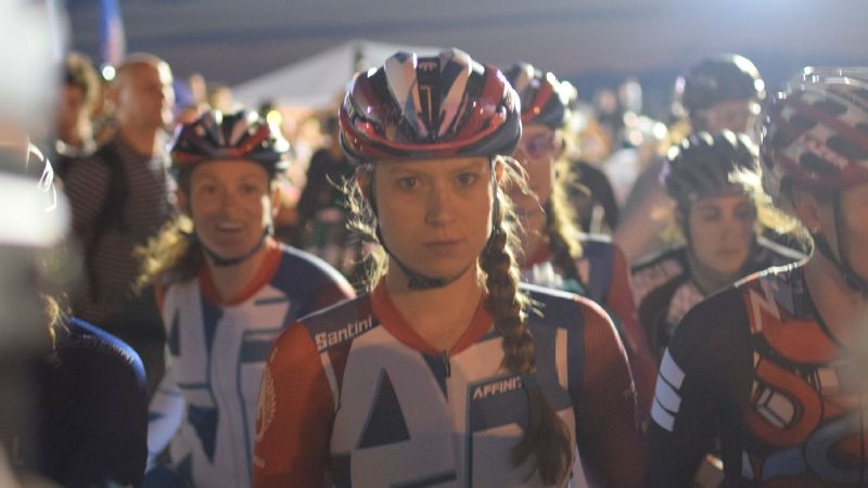 Ash Duban, center, with her fellow competitors before the final of the Red Hook Crit.