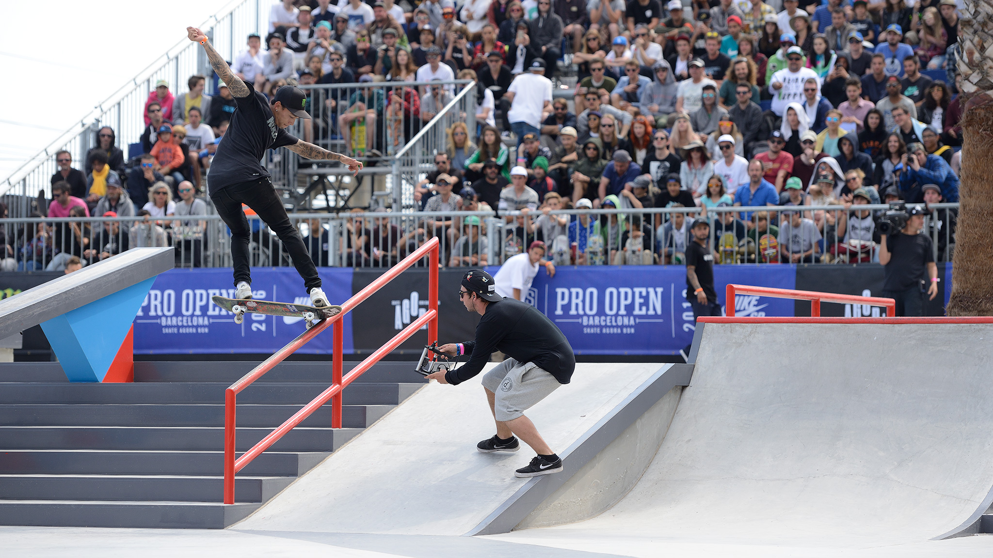 Nyjah Huston competes at the SLS Pro Open Barcelona 2016.