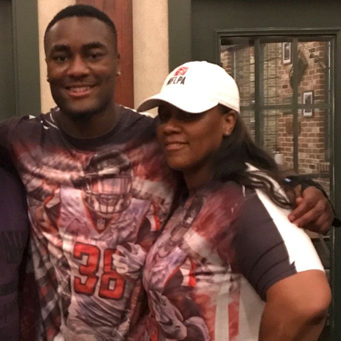 falcon single parents Ex-nfl rb has quietly given 145 homes to single-parent  which to this date has bought 145 homes to single-parent families since  daily snark is your.