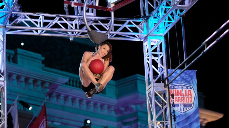 Zhanique Lovett was the only woman to reach the Warped Wall in the American Ninja Warrior Los Angeles qualifier.