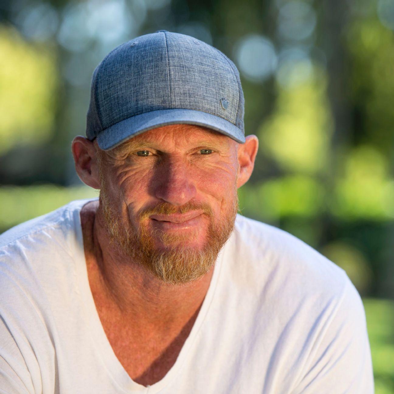 Naked ex-USC, Raiders QB Todd Marinovich drug bust