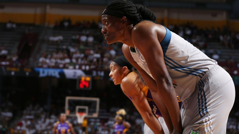 Sylvia Fowles and Candace Parker