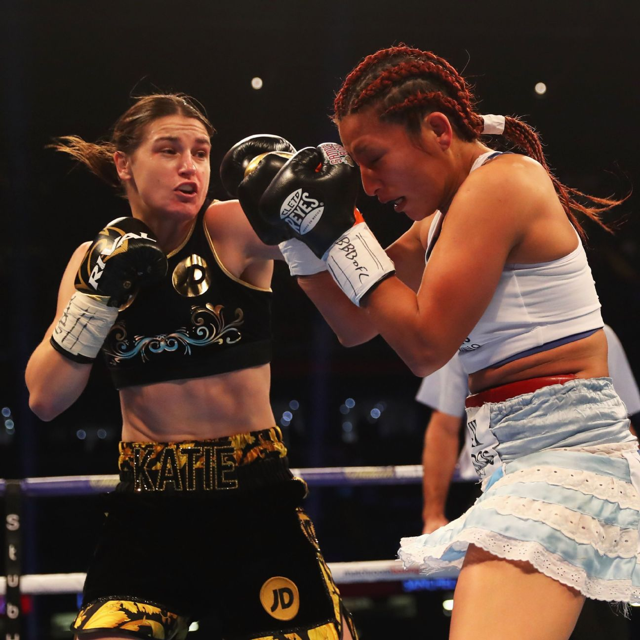 Lightweight Sensation Katie Taylor Goes 10 Rounds To Win