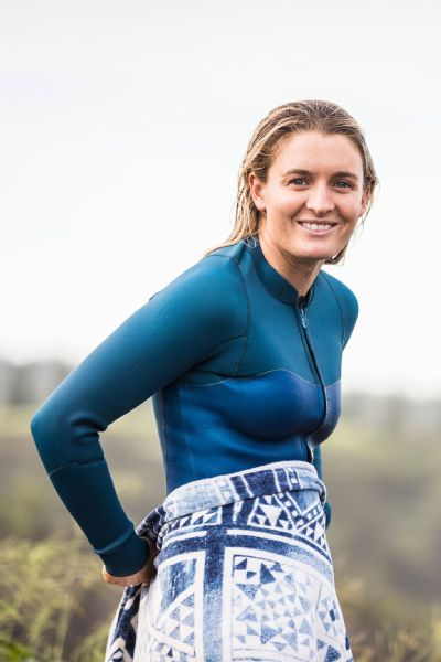 At the last contest of the season in Maui, Bronte Macaulay bested three-time world champion Carissa Moore in the quarterfinals and finished an equal third in the contest.