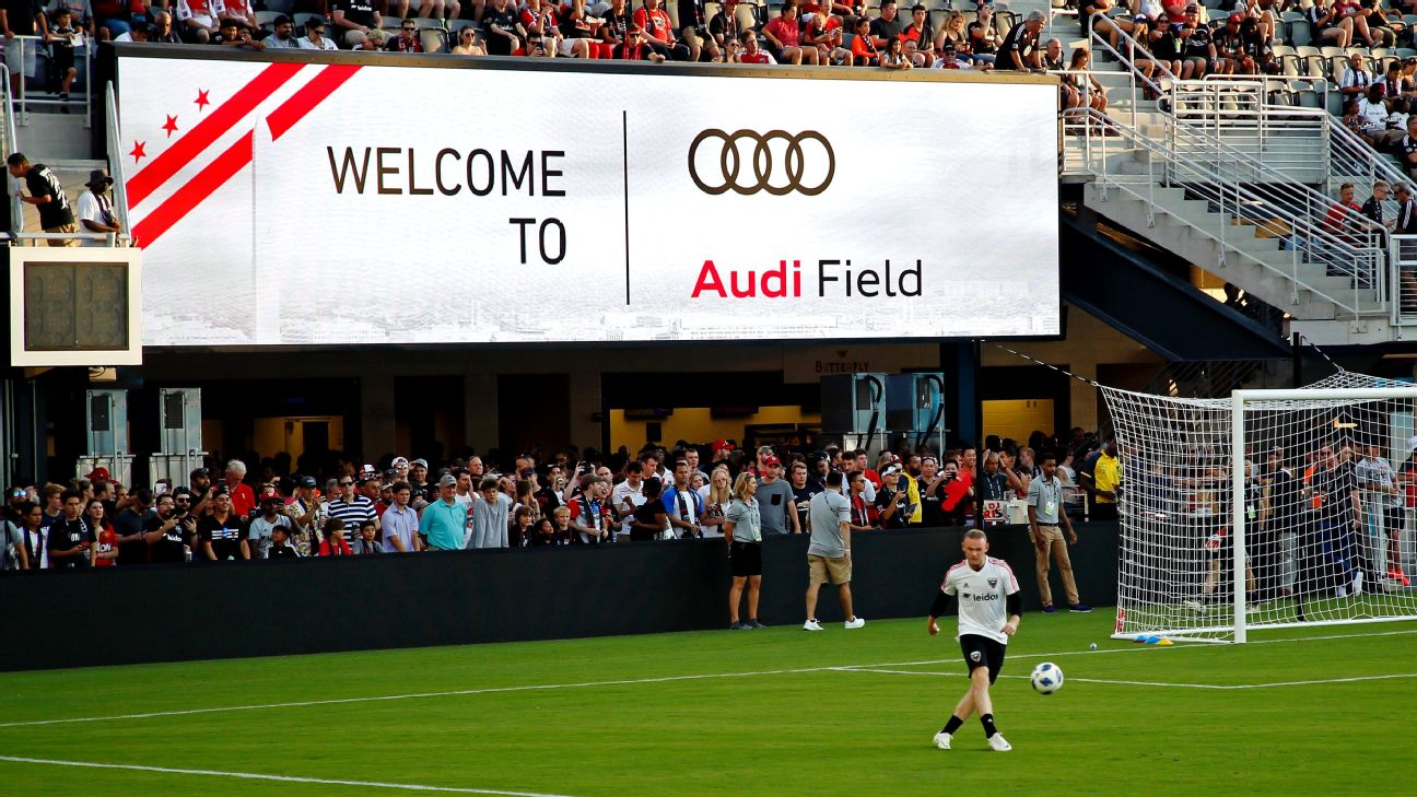 Dc United Audi Field Marred By Reporter Injury Wifi Problems
