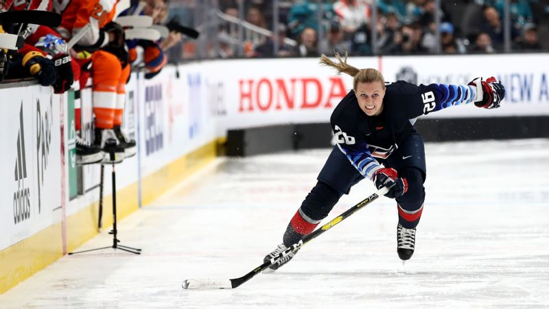 67021930384 Riveters All-Star Kendall Coyne Schofield knows it is up to the NWHL and  CWHL