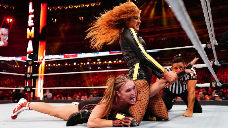 WWE - Becky Lynch, Ronda Rousey, WrestleMania 35