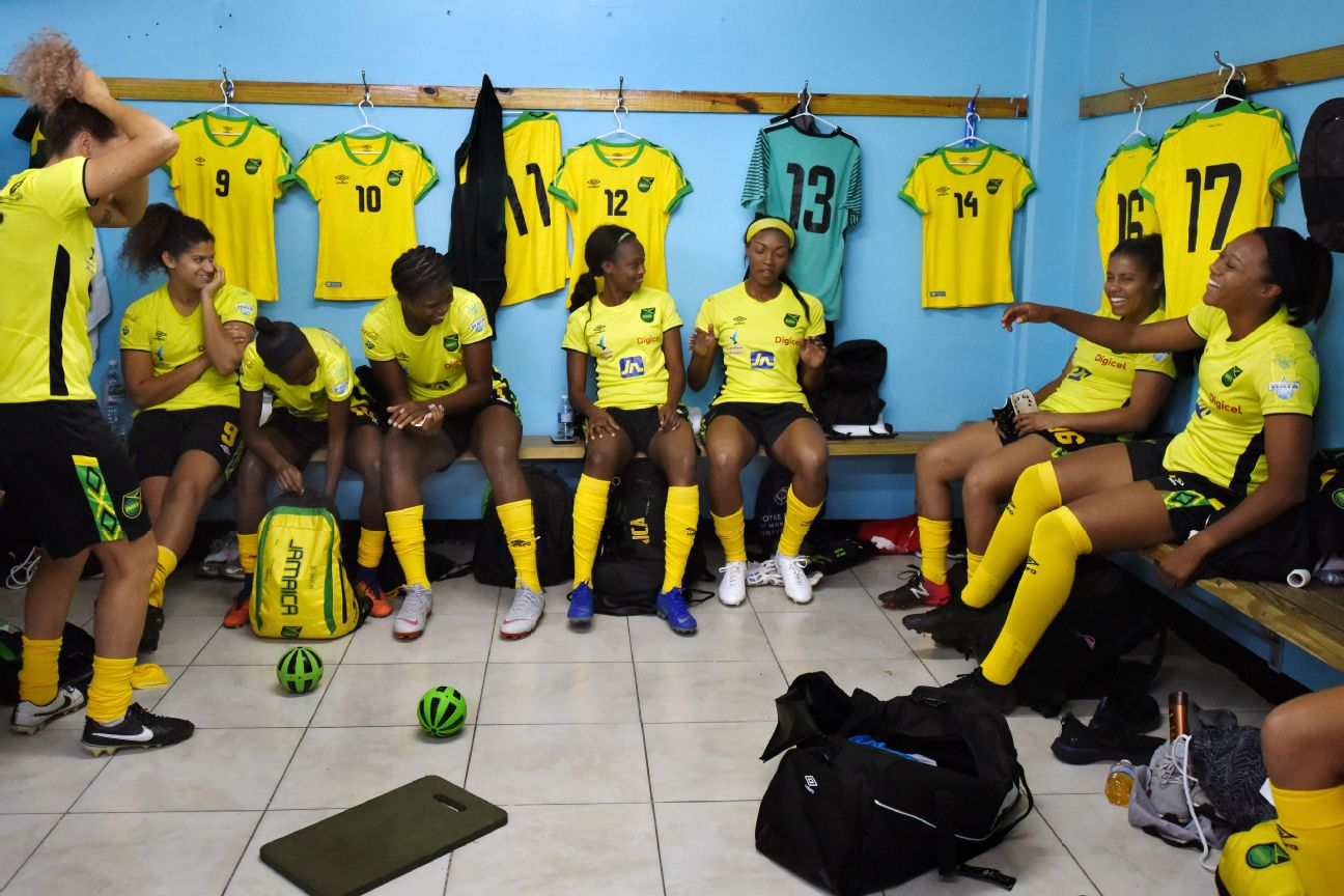 Jamaica Locker Room, Reggae Girlz